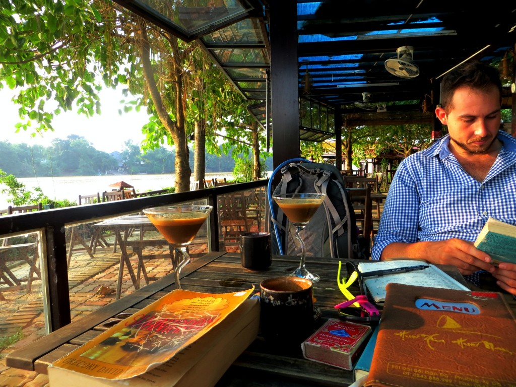 Travel Vietnam Hue reading