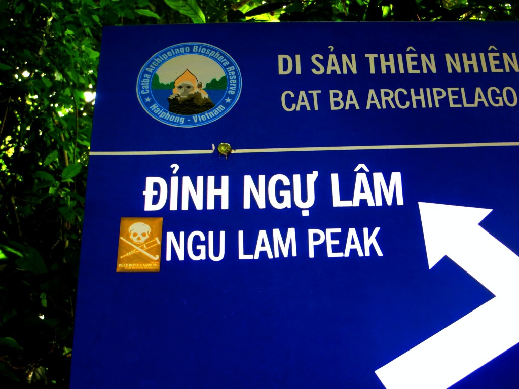 Travel Vietnam Ngu Lam Peak