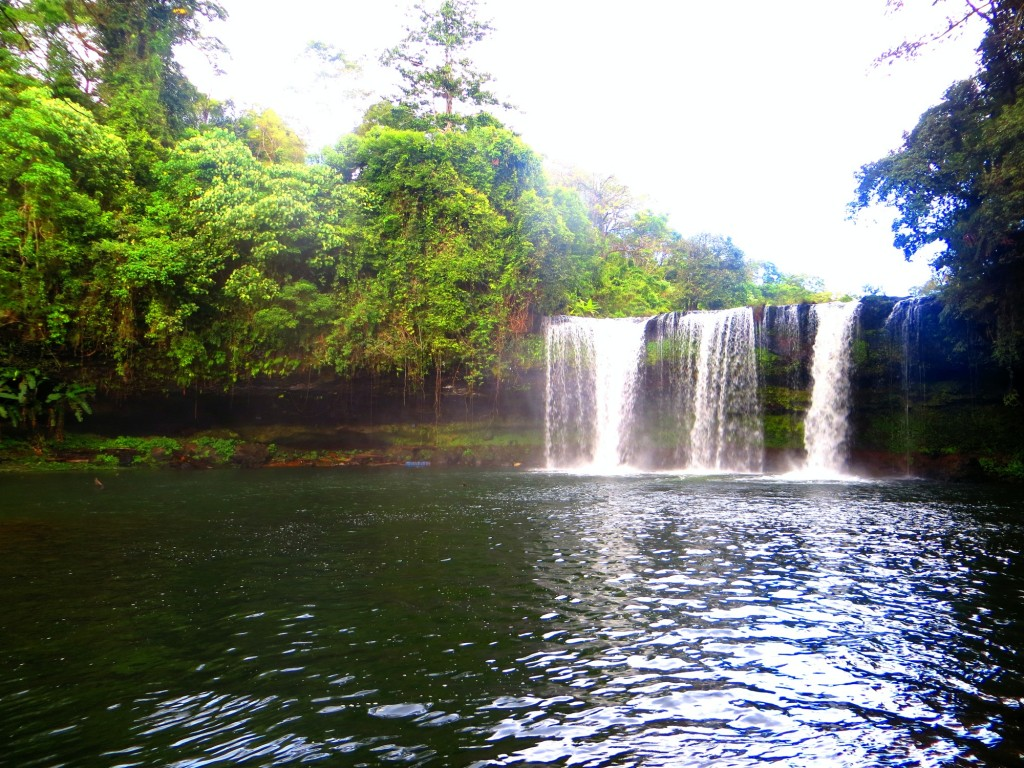 Travel Laos waterfall pakse